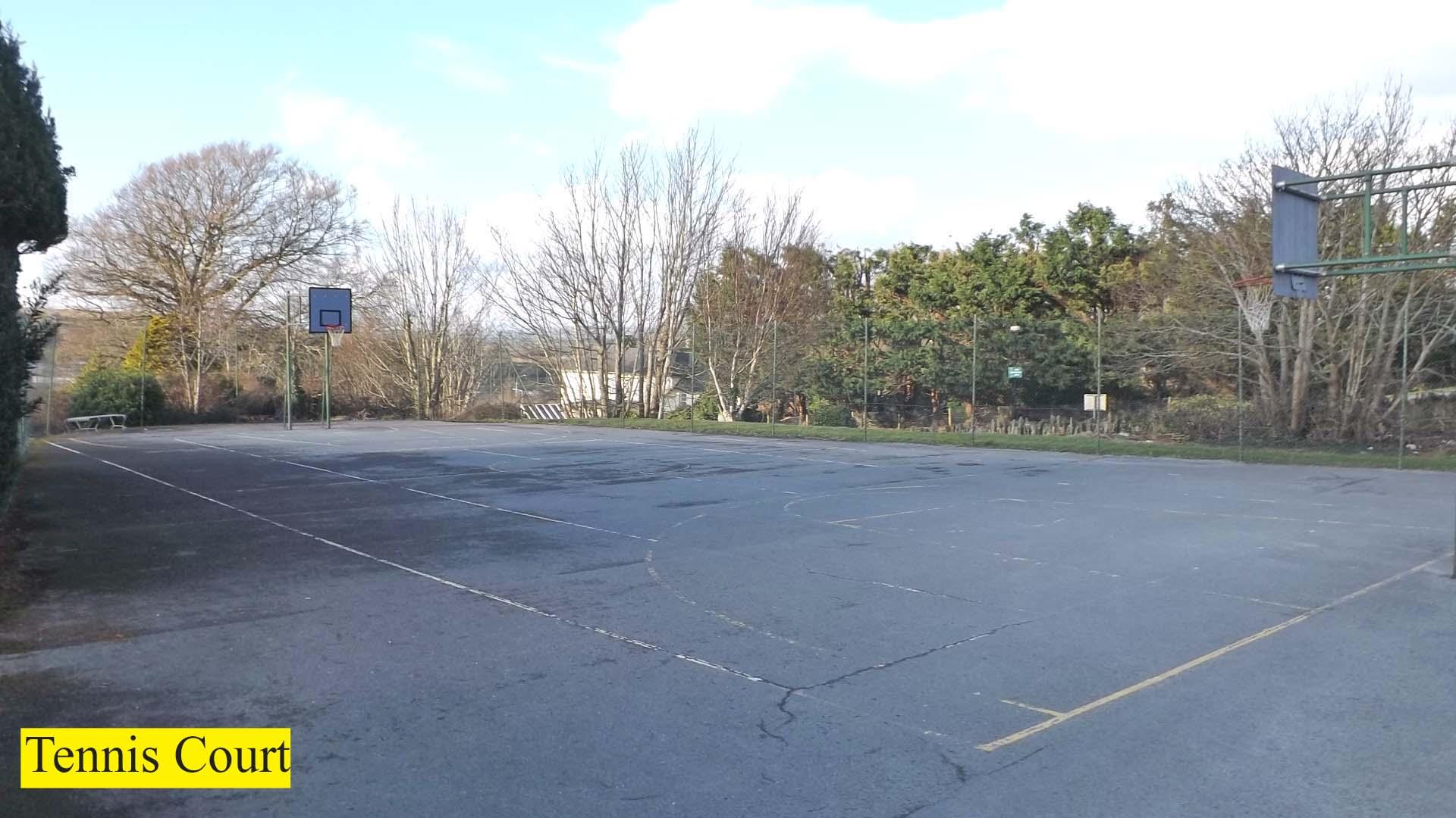 pic 5 Tennis Court