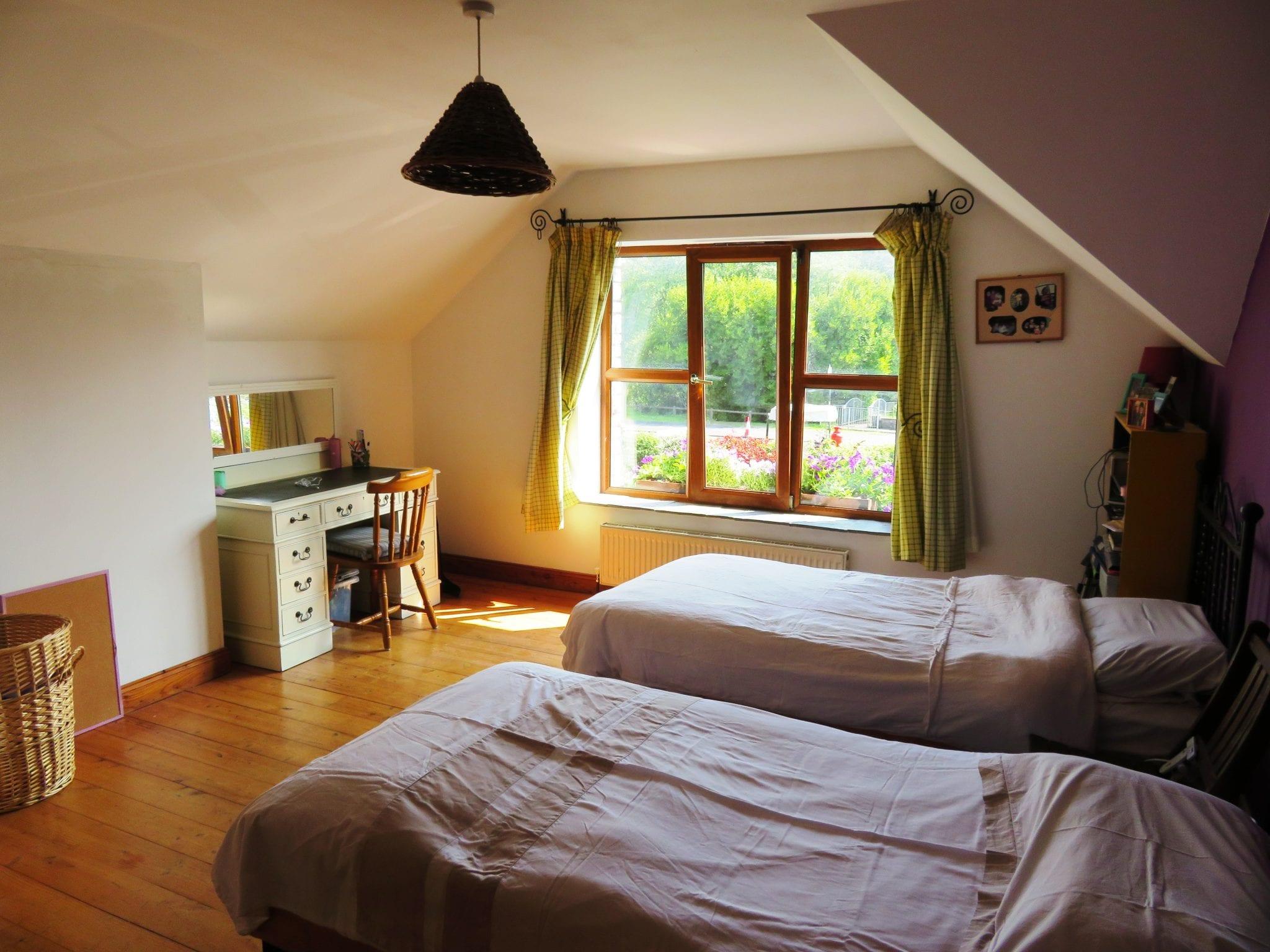 IMG_0019 Bedroom 3