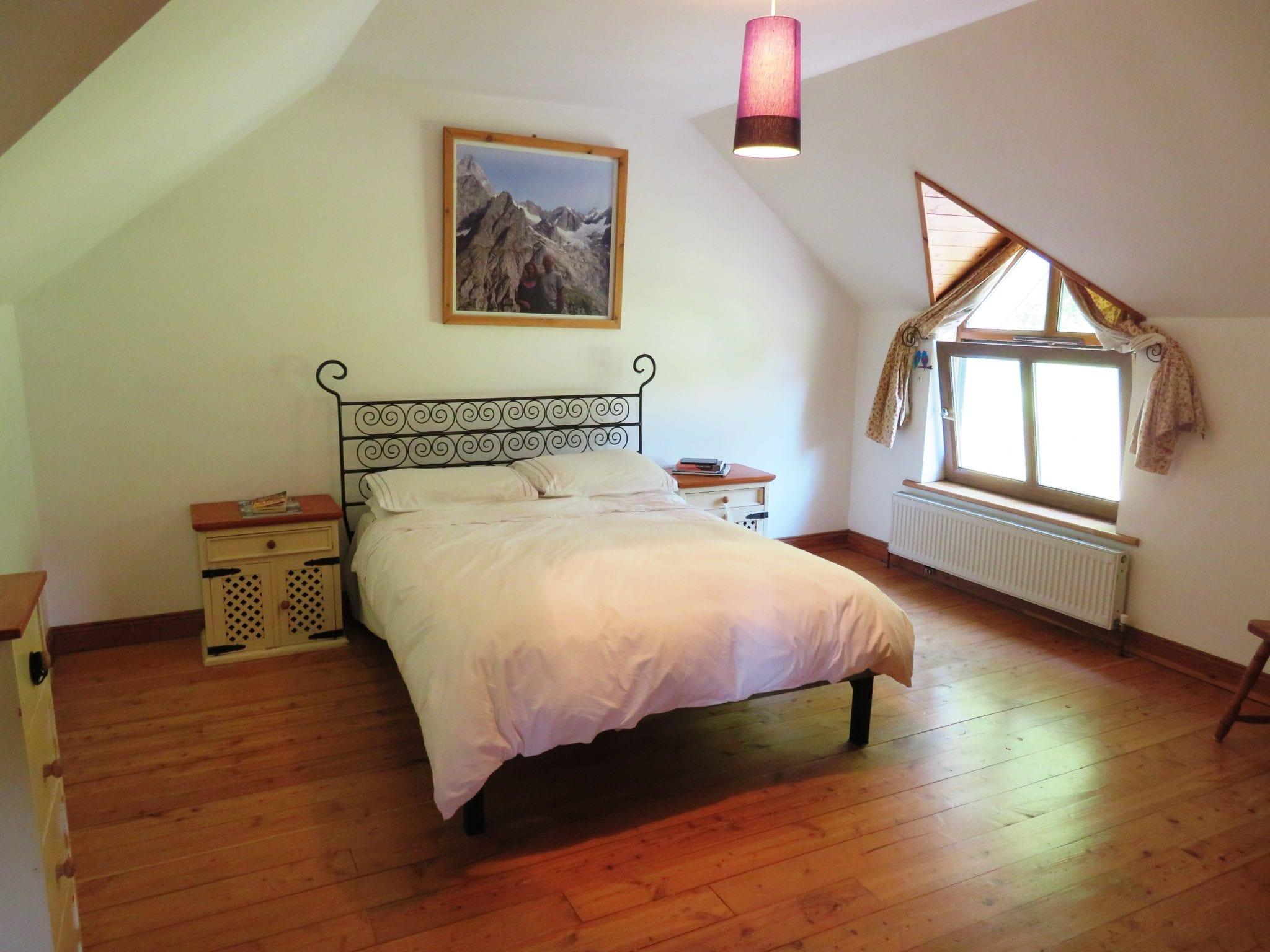IMG_0020 Bedroom 4