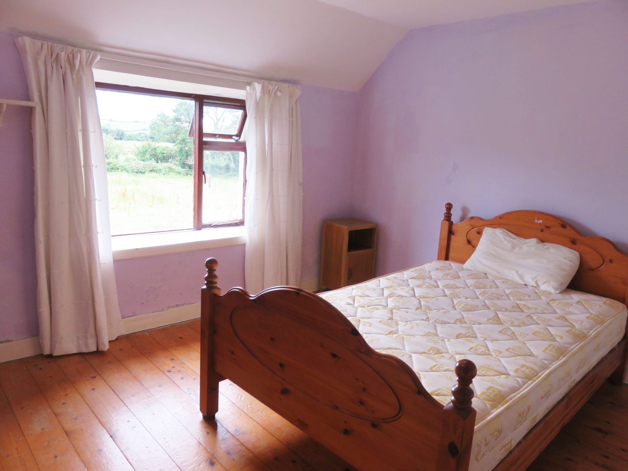 11. Bedroom 1 IMG_6672 bright