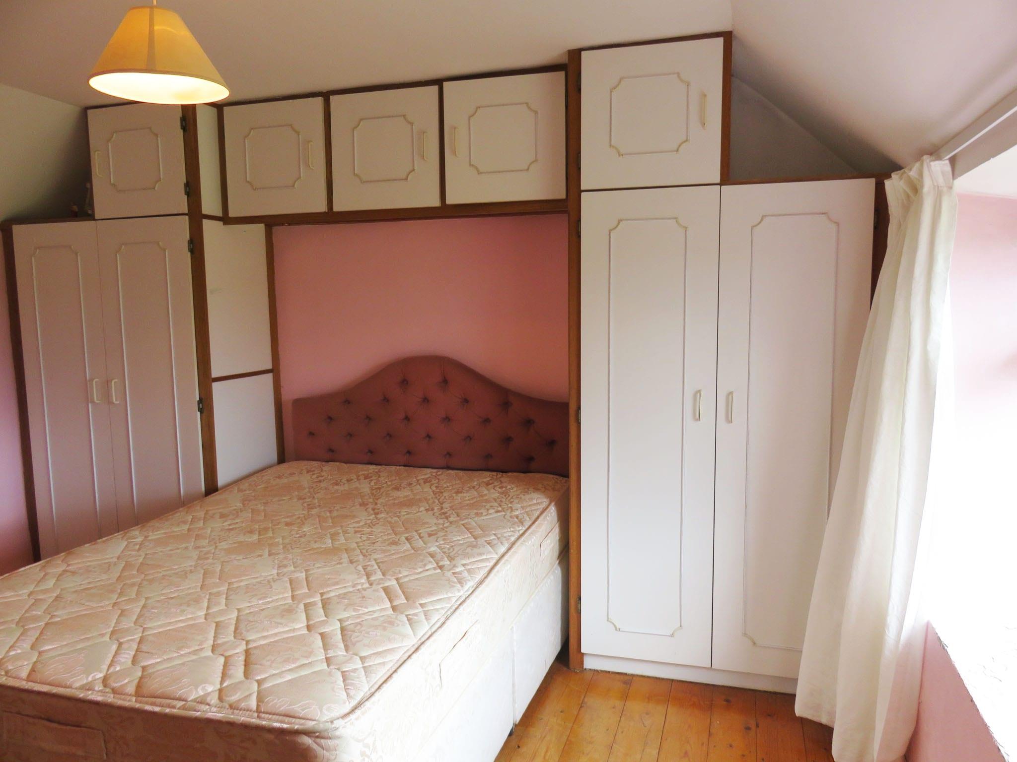 12. Bedroom 2 IMG_6675 bright