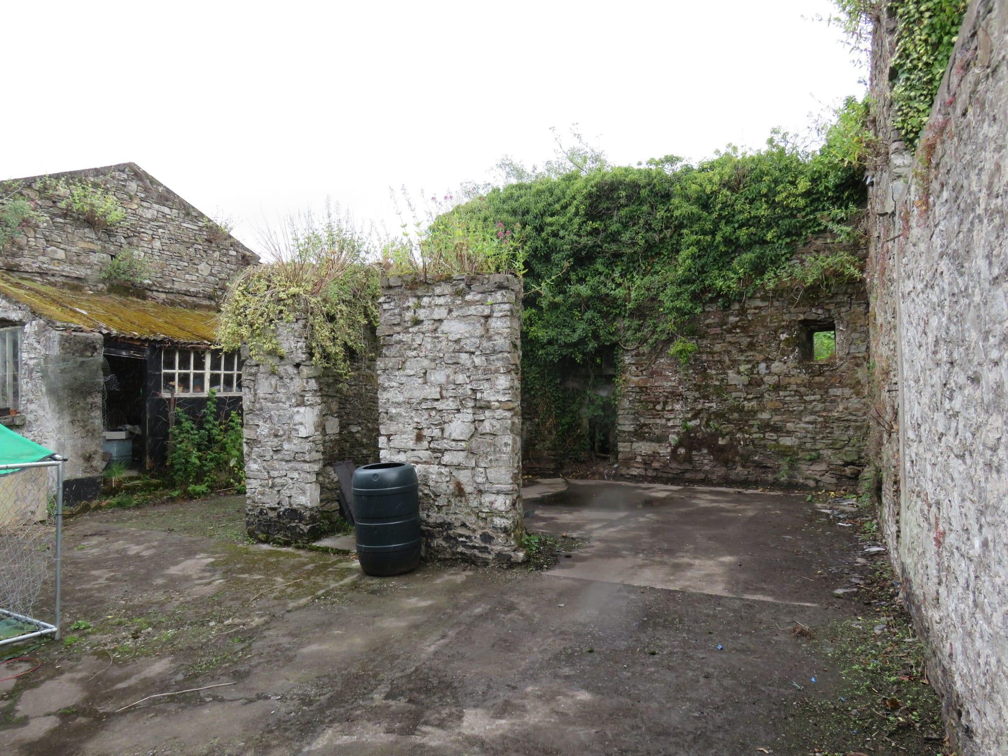 14. Stone walls IMG_6960