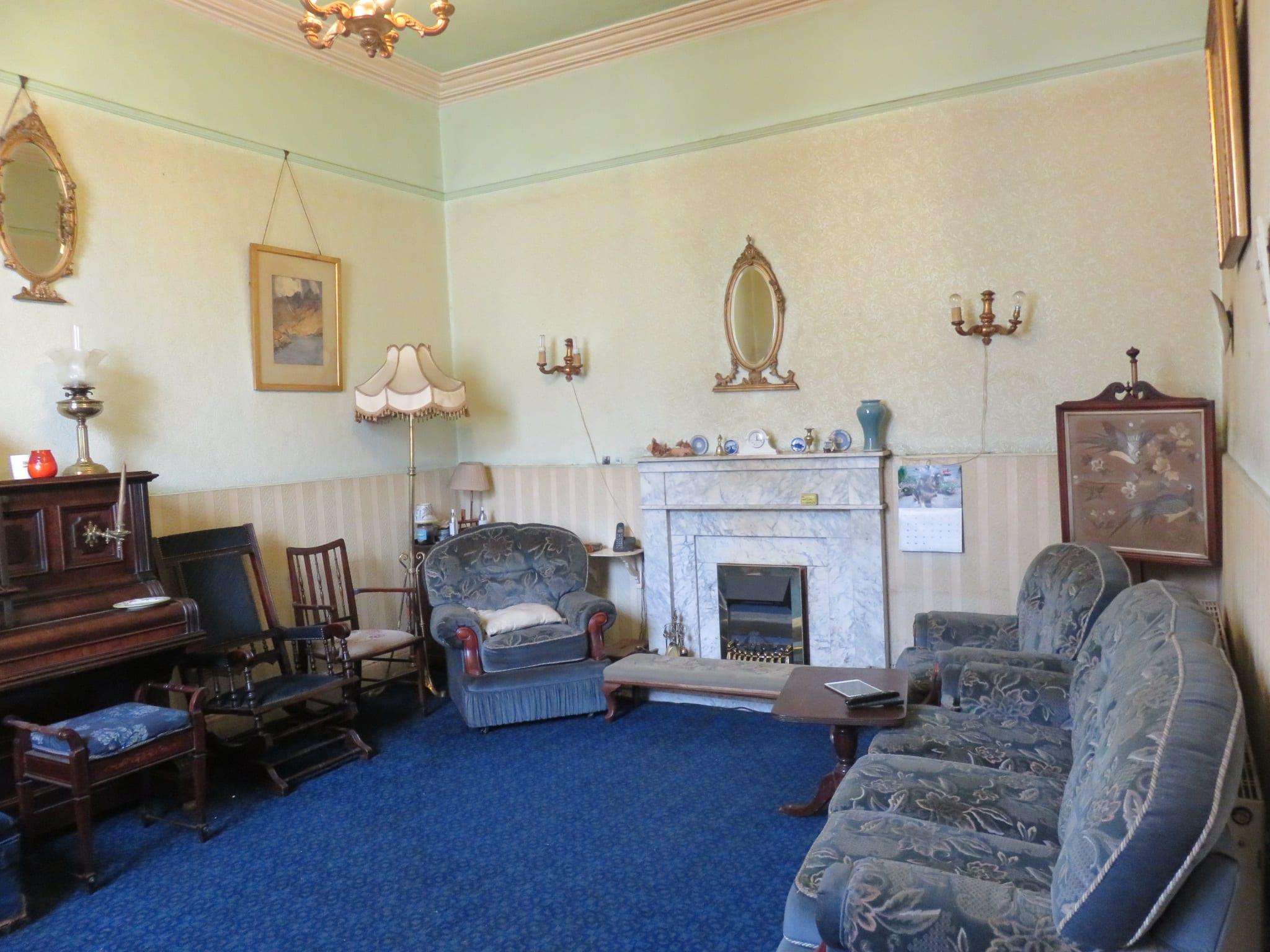 4. Sitting Room IMG_6925