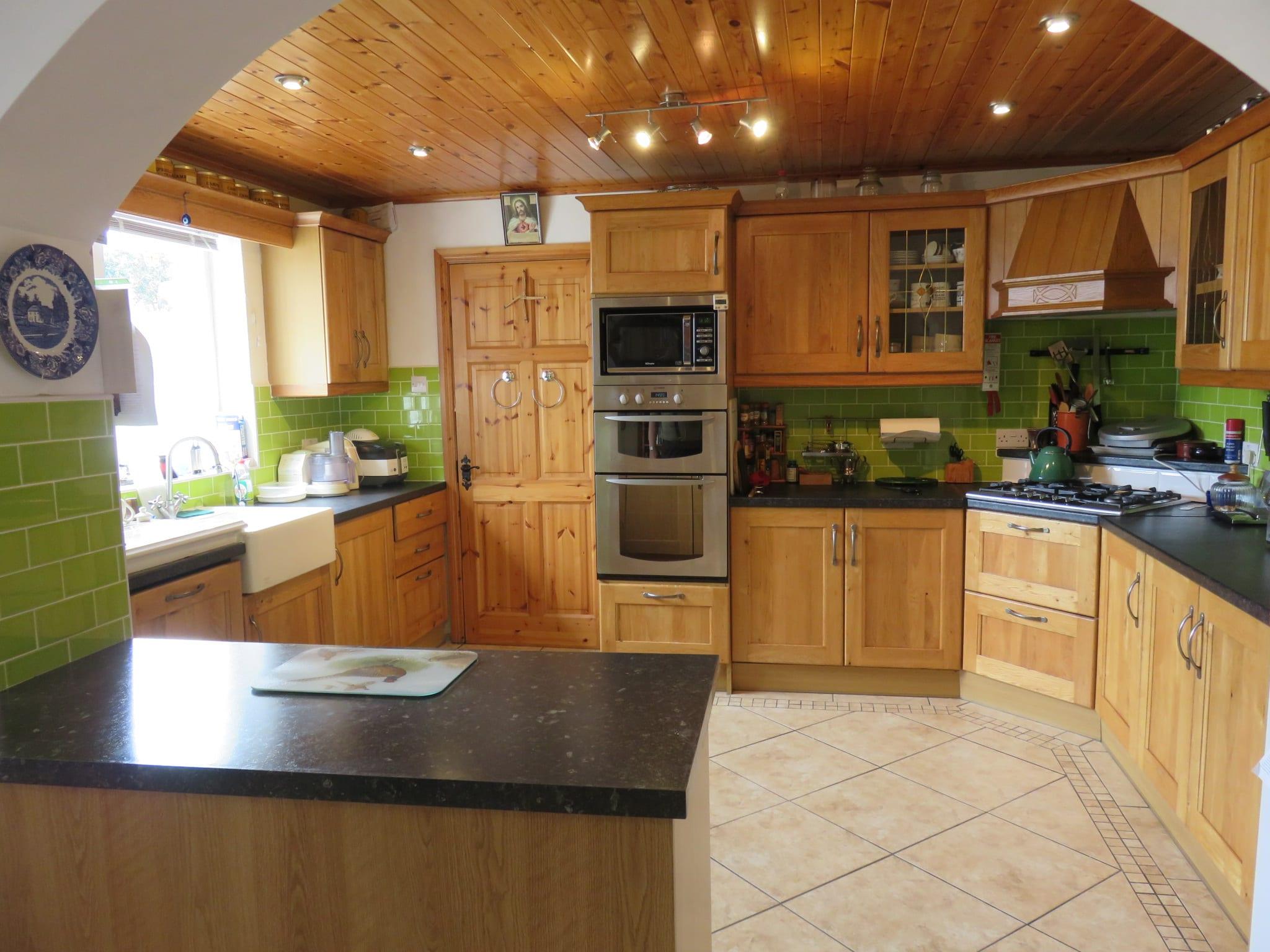 Kitchen 1 IMG_6996