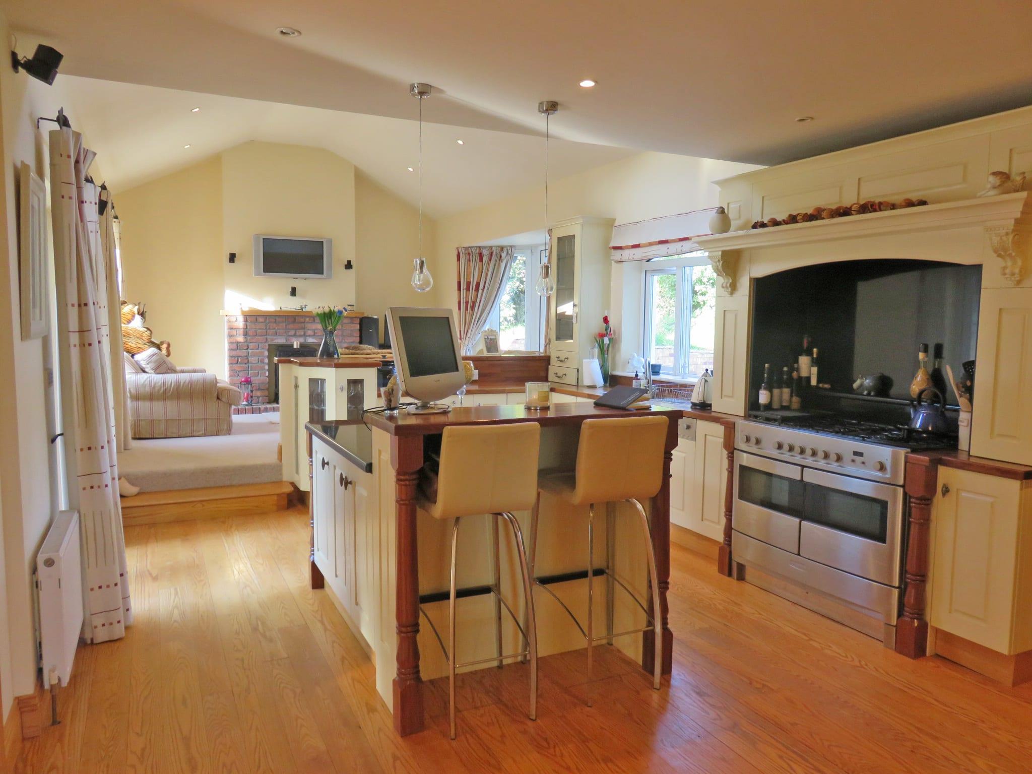 Kitchen Living IMG_7514