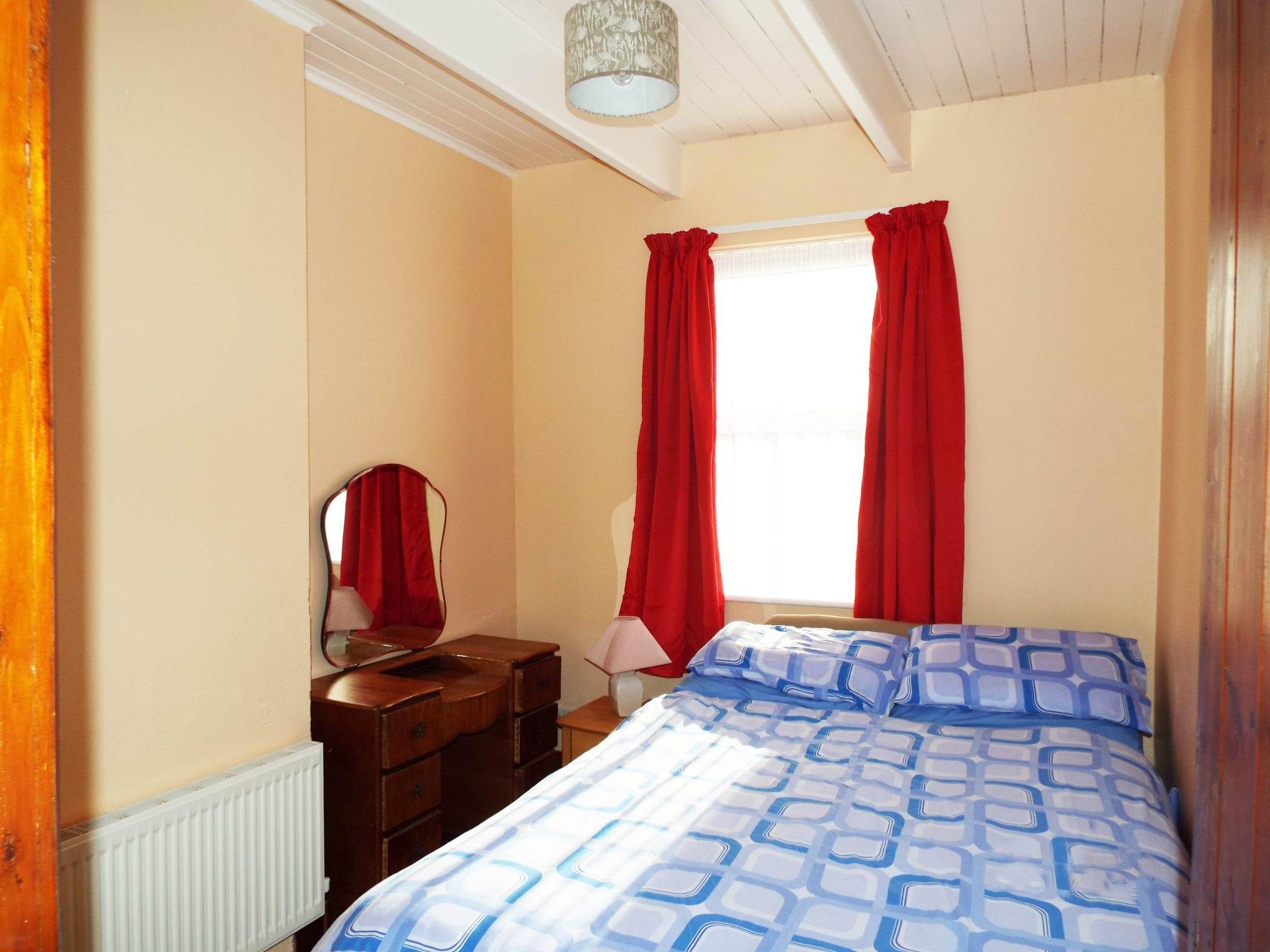 14 - bed 2 bright & smudge