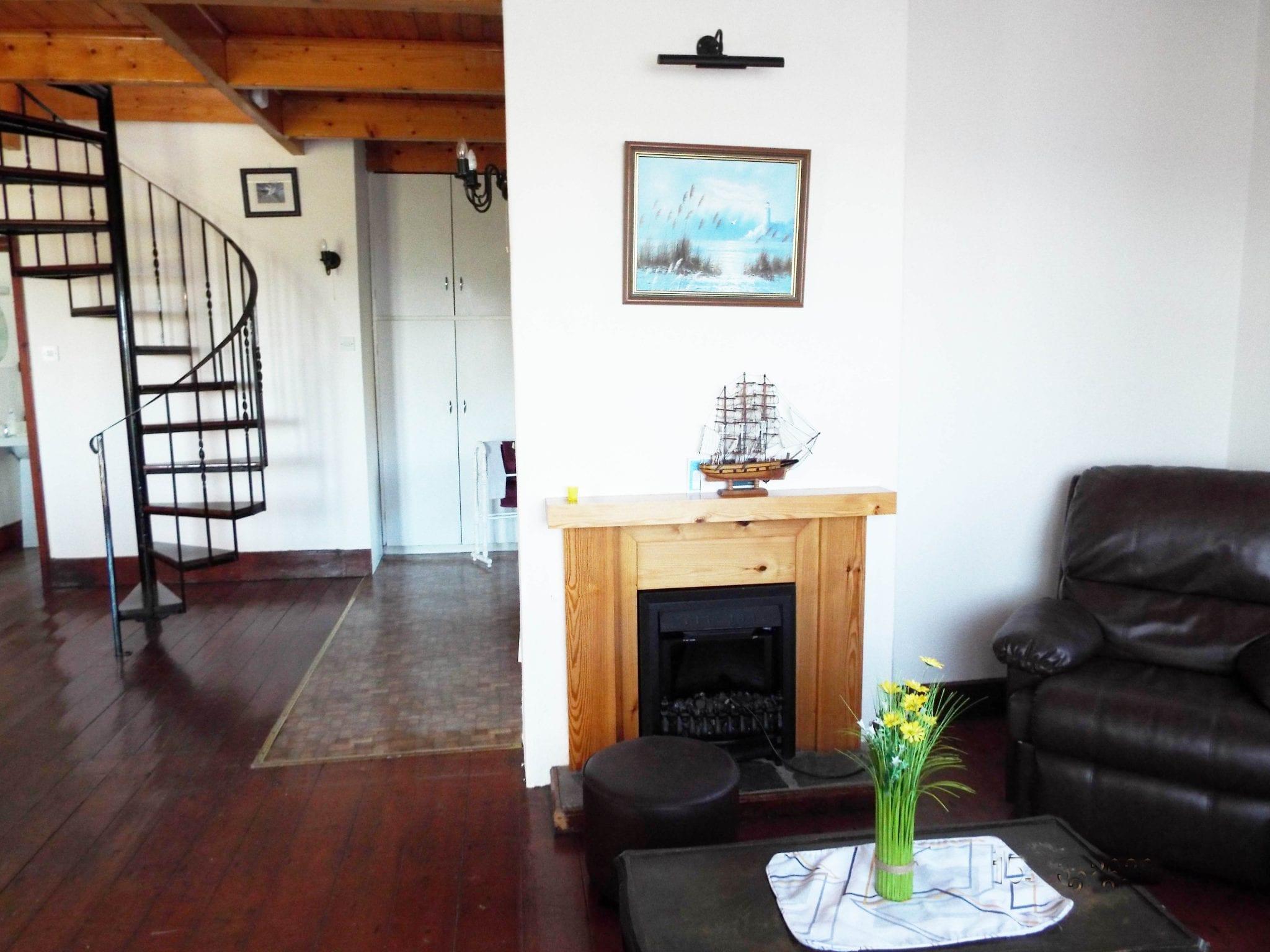 5. 8 - living fireplace light & smudge