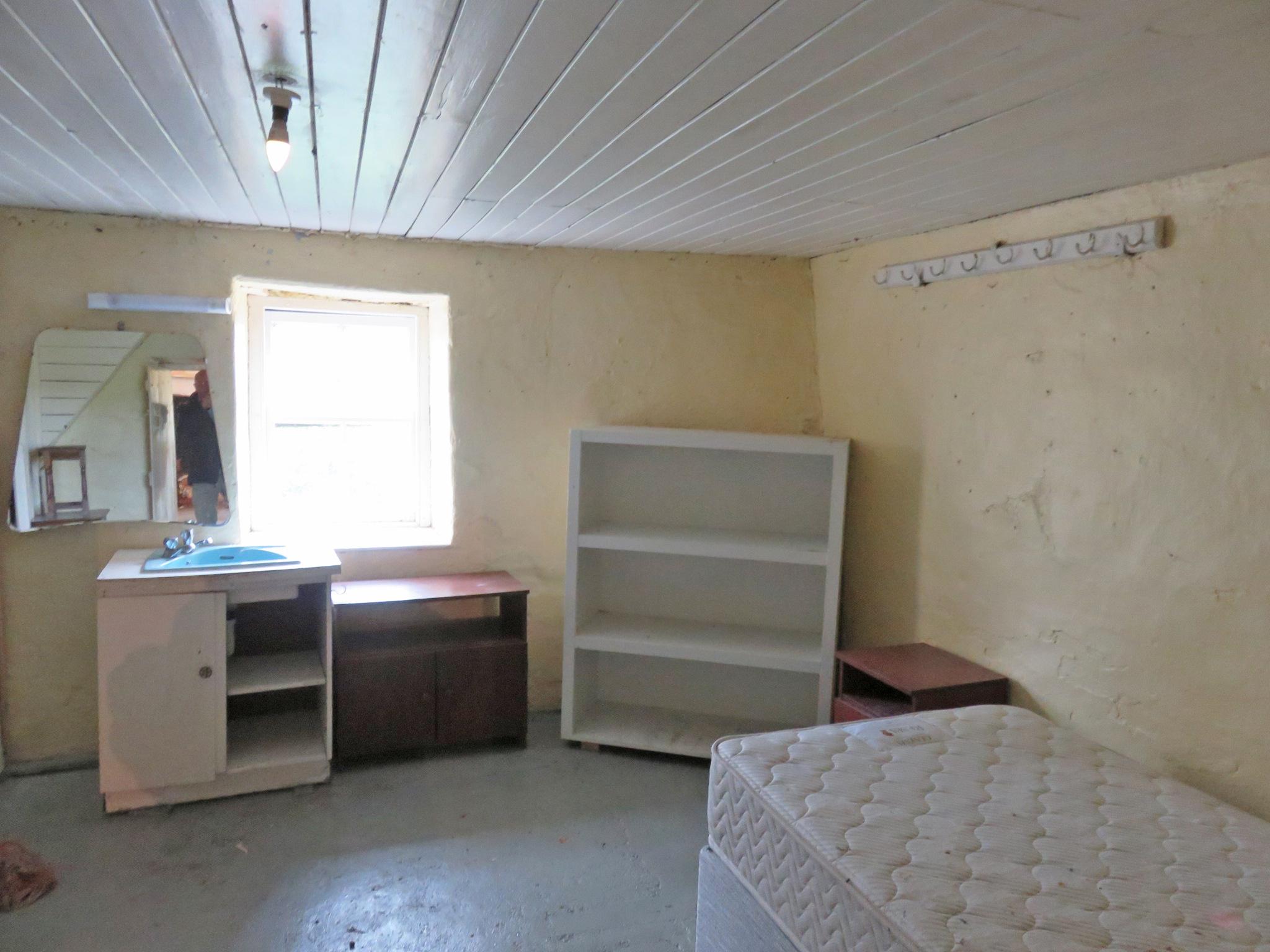 IMG_1560 bedroom