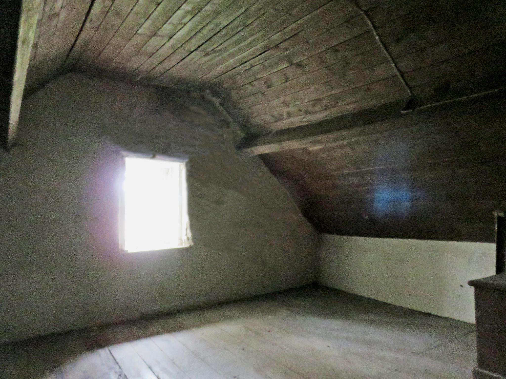 IMG_1561 upstairs 2