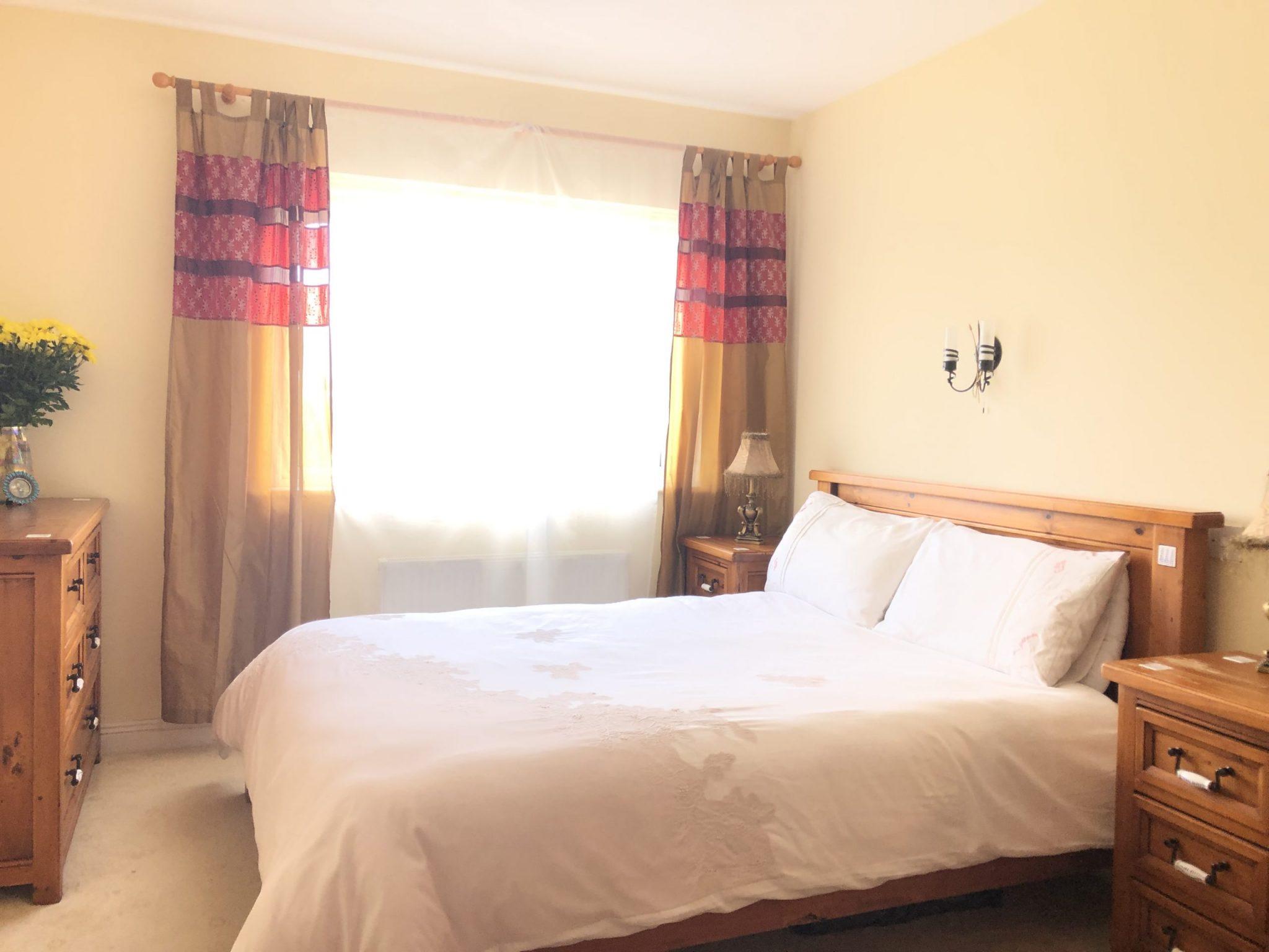 IMG-1721 master bedroom